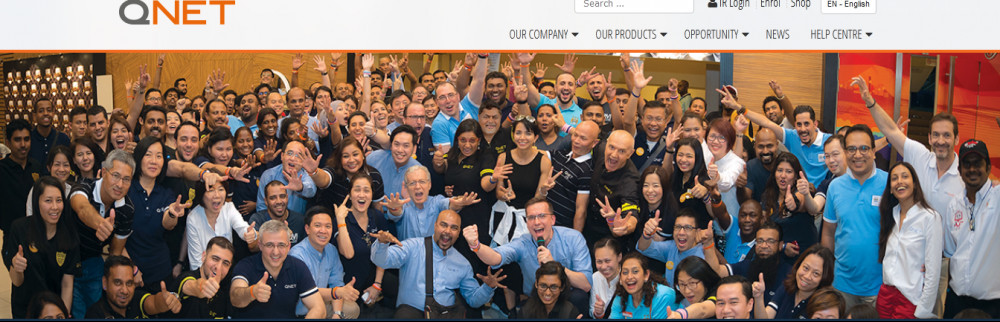 QNET distributors ina group photo to signify QNET review
